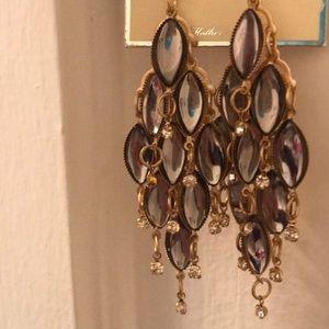 NWT Beautiful chandelier earrings